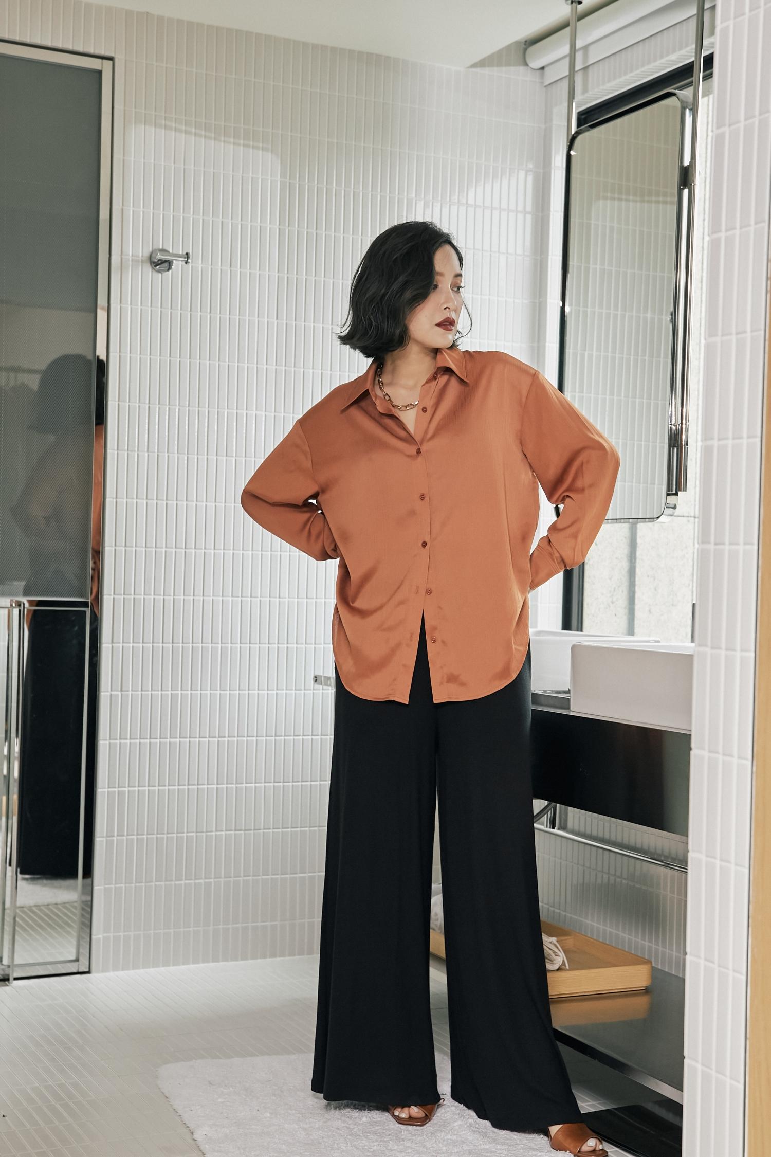 紋路緞面壓線襯衫-Mellow